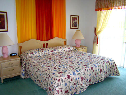 0775-4-bedroom-home-lakeview-05