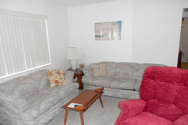 Heathwood-Avis-Lounge