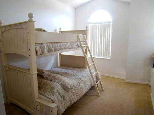 1184-5-bedroom-home-08